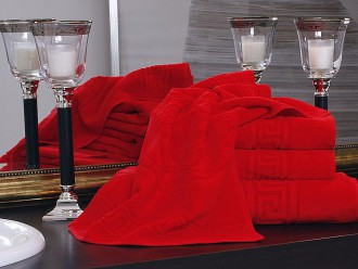 VERSACE Handtücher veredeln das Badezimmer